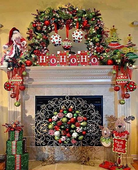 Awesome Fireplace Christmas Decor Ideas_5 Holiday and Celebrations