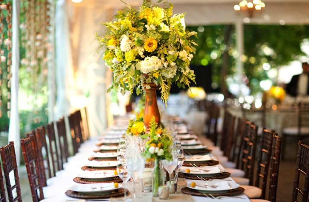 Wedding Topiary Ideas Part - 39: Dramatic Topiary Centerpieces