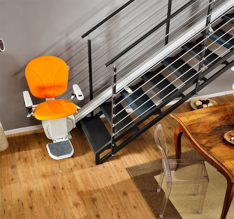 The AmeriGlide Horizon Stair Lift features all the latest in stair ...