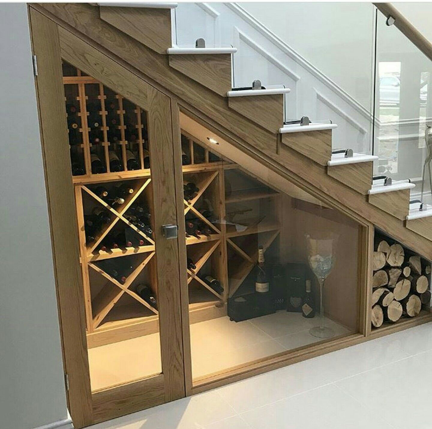 Bespoke Under Stairs Shelving: Pin By Sabel Fantini On Dream Tiny