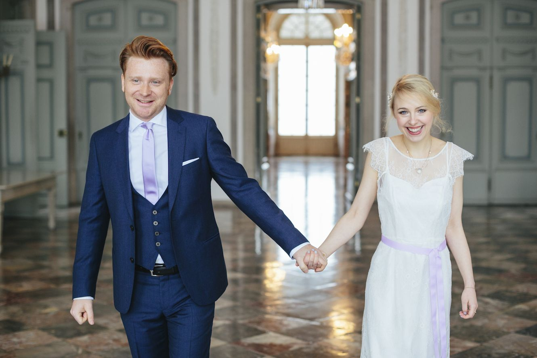 Hochzeitsmode von Braut und Bräutigam | Foto: Hanna Witte ...