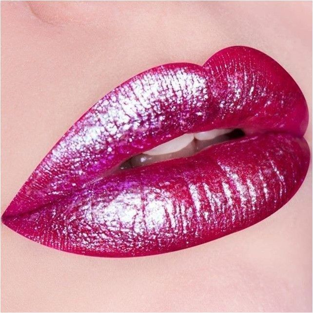 Pink Lips. Greatly improve ones pout by using hydrating and long lasting lip gloss that can safegua