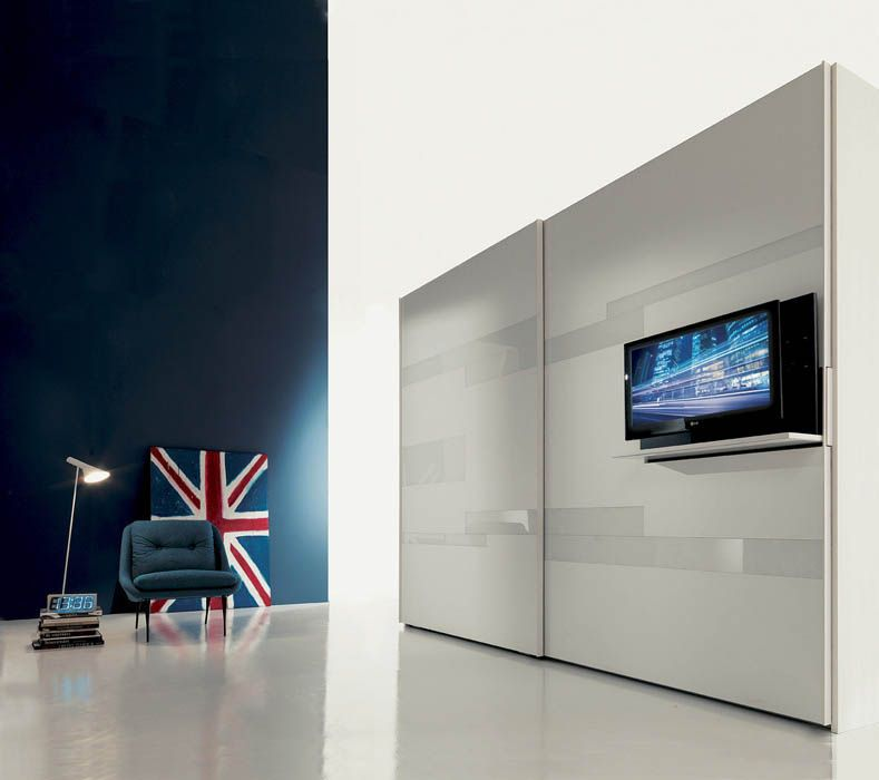Contemporary sliding door wardrobe with TV screen integrated - schlafzimmerschrank mit tv