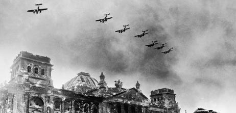 Ende des Zweiten Weltkriegs Leid, Legenden, letzte
