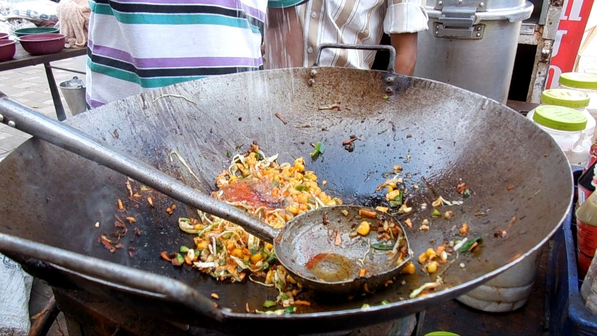 Indian street food scene the skillful master chefs in the street indian street food scene the skillful master chefs in the street kit http forumfinder Images