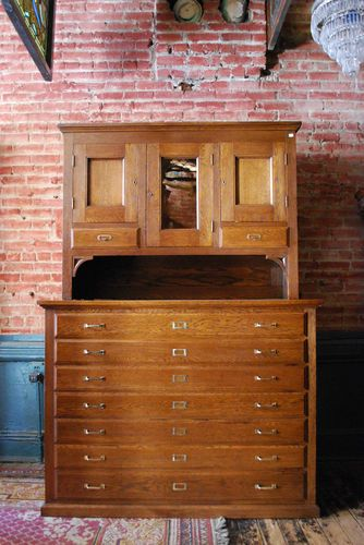 Vintage oak flat file architects blueprint cabinet ebay vintage oak flat file architects blueprint cabinet ebay malvernweather Choice Image