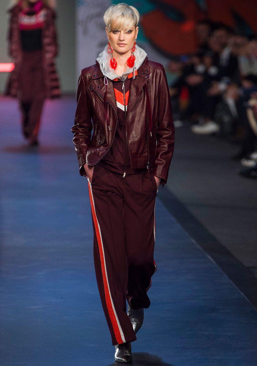 52bde4c2f818 Marc Cain – Fashion Week Berlin H W 2018 19   Ideas in street style ...