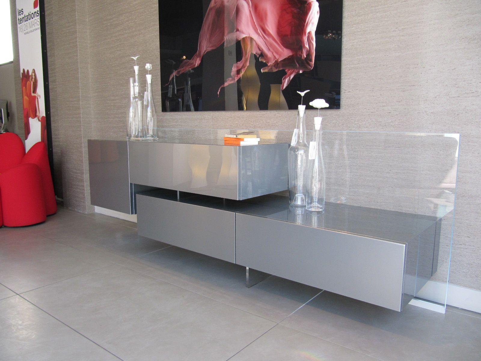 un bahut l gant et raffin perplex sign roche bobois un beau b b de 235cm for the. Black Bedroom Furniture Sets. Home Design Ideas