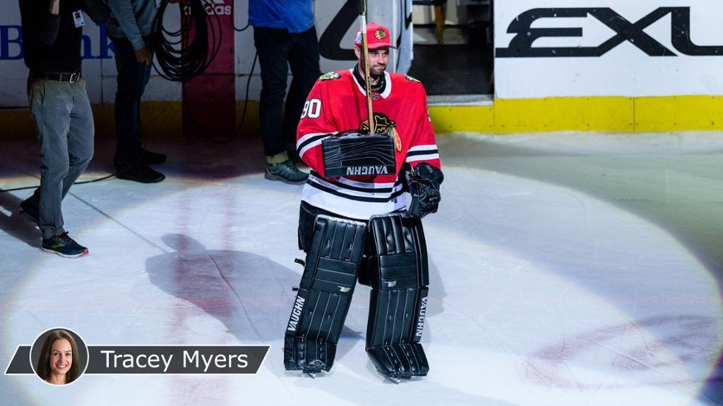 b249ffe33 Emergency goalie has  ton of fun  playing for Blackhawks ...