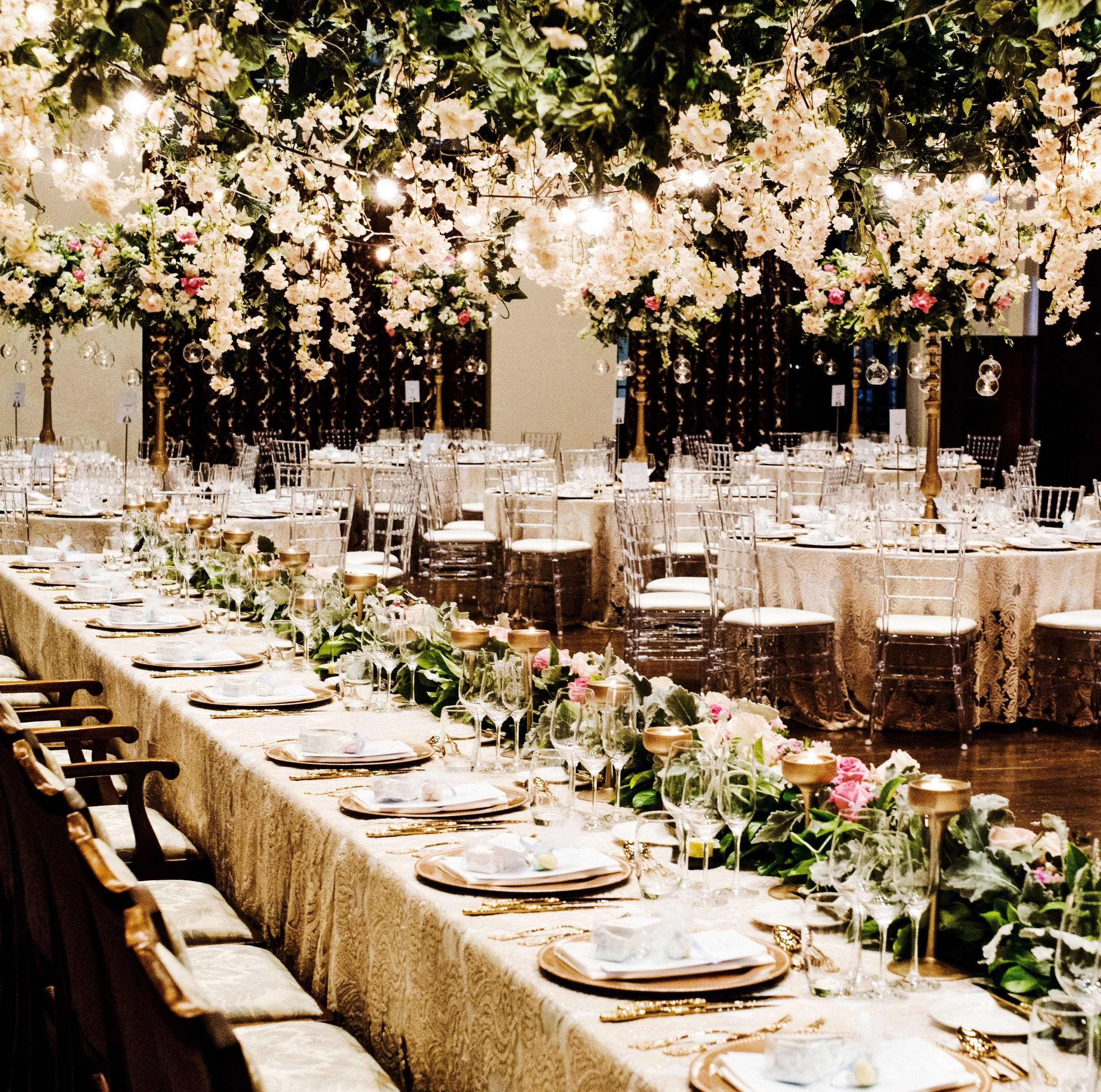 Beautiful Flowers For Weddings: Beautiful Wedding Reception Styling Inspiration In The