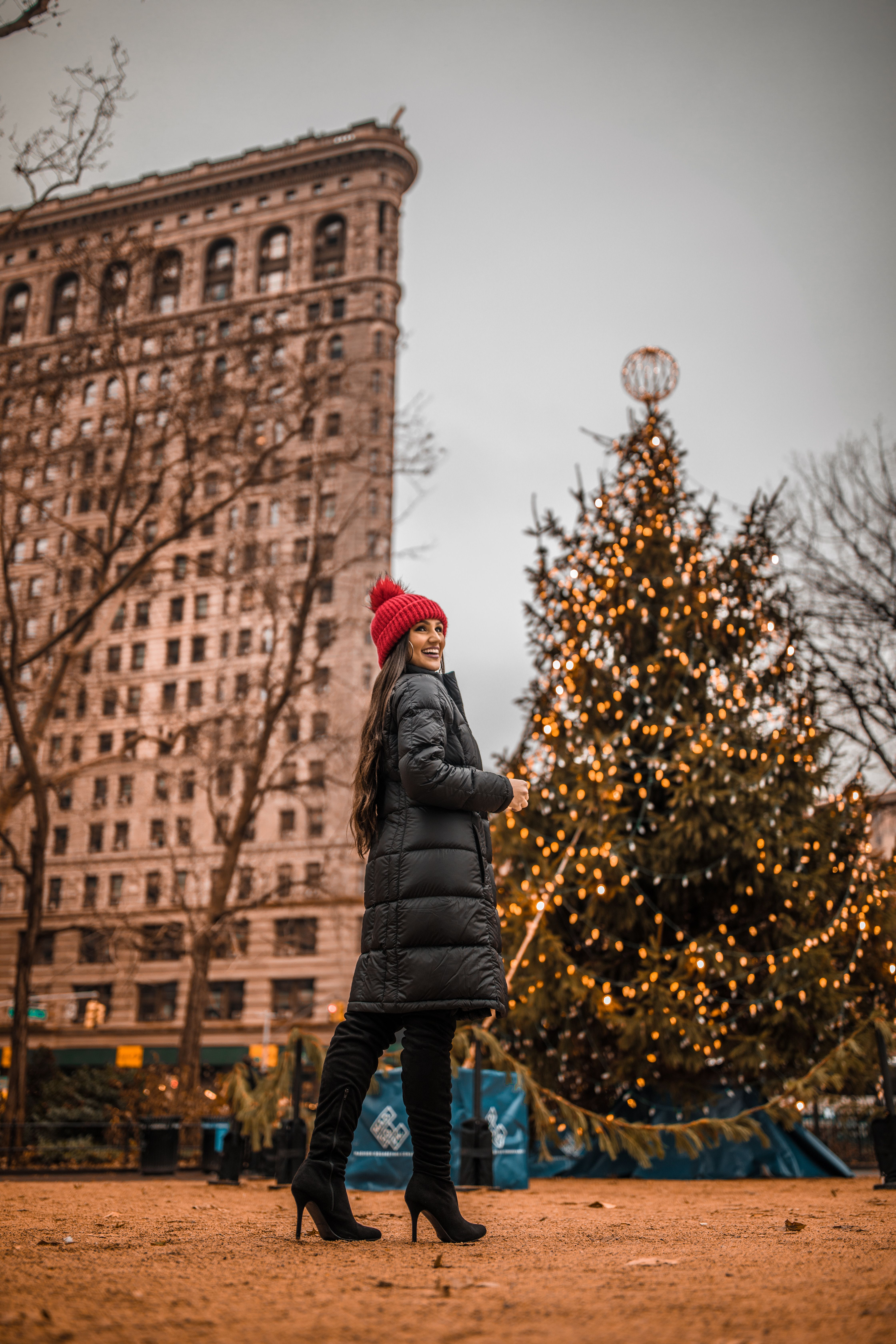 Christmas in NYC: The ultimate New York City holiday guide for bloggers and photographers  #photography #travelblogger #newyorkcity #nyc #nycblogger #cityphotography #christmas #christmasinnyc