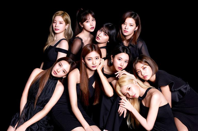 Twice S Breakthrough Soars To No 1 On Japan Hot 100 Kpop Girl Groups Korean Girl Kpop Girls
