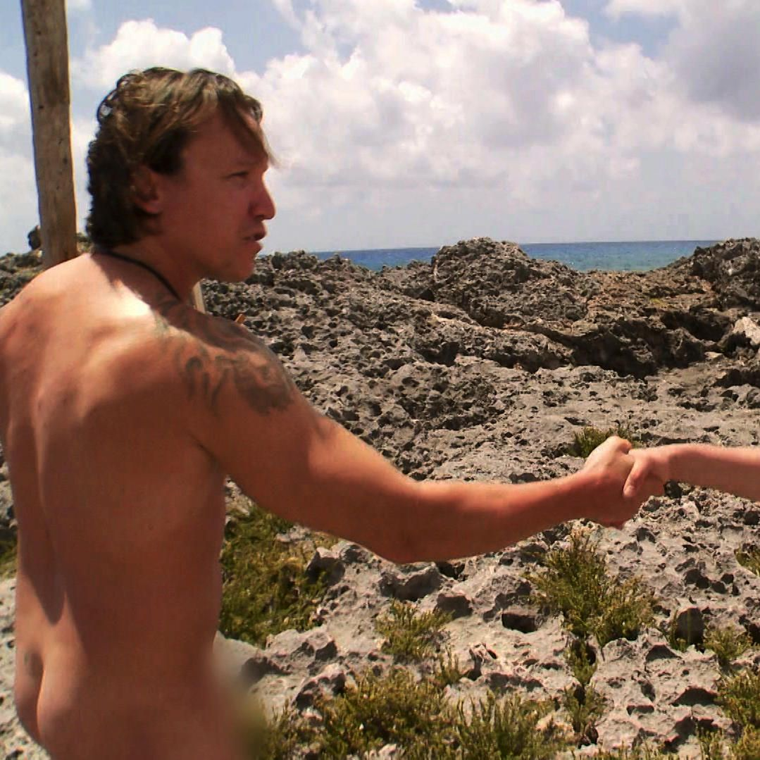 Getting Nude In Yucatan - Naked And Afraid-7585