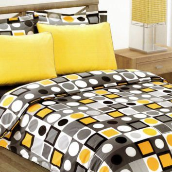 Modern Geometric Dot Print Bedding Set in Yellow, Black and White for Twin or Twin XL –4-piece Set of Duvet Cover, Flat Sheet, Sham & Pillow