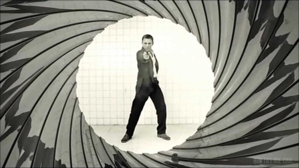 James Bond 007 Casino Royale Short Gunbarrel Sequence 2008 Youtube Bond Movies Casino Royale James Bond