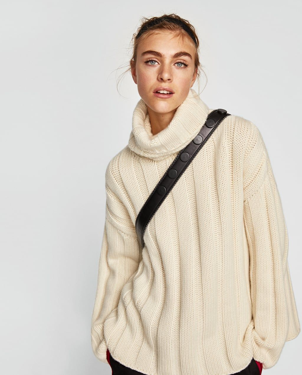 ff52e71472 Image 2 of CASHMERE ROLL NECK SWEATER from Zara