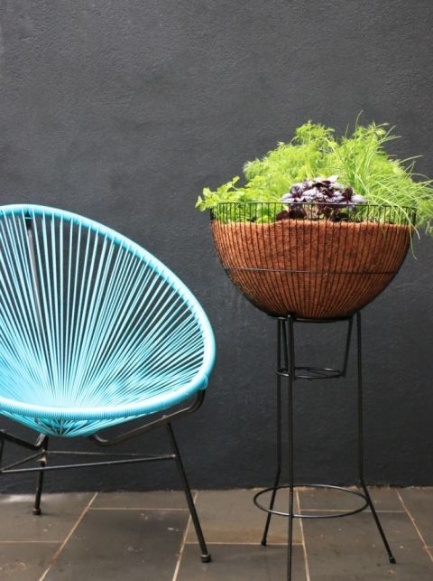 16 Stylish Garden Planters to Suit Any Yard