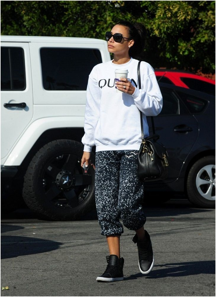 99d2cebe699 Naya Rivera looks out of this world in her Galaxy original Lazypants!   shoplazypants