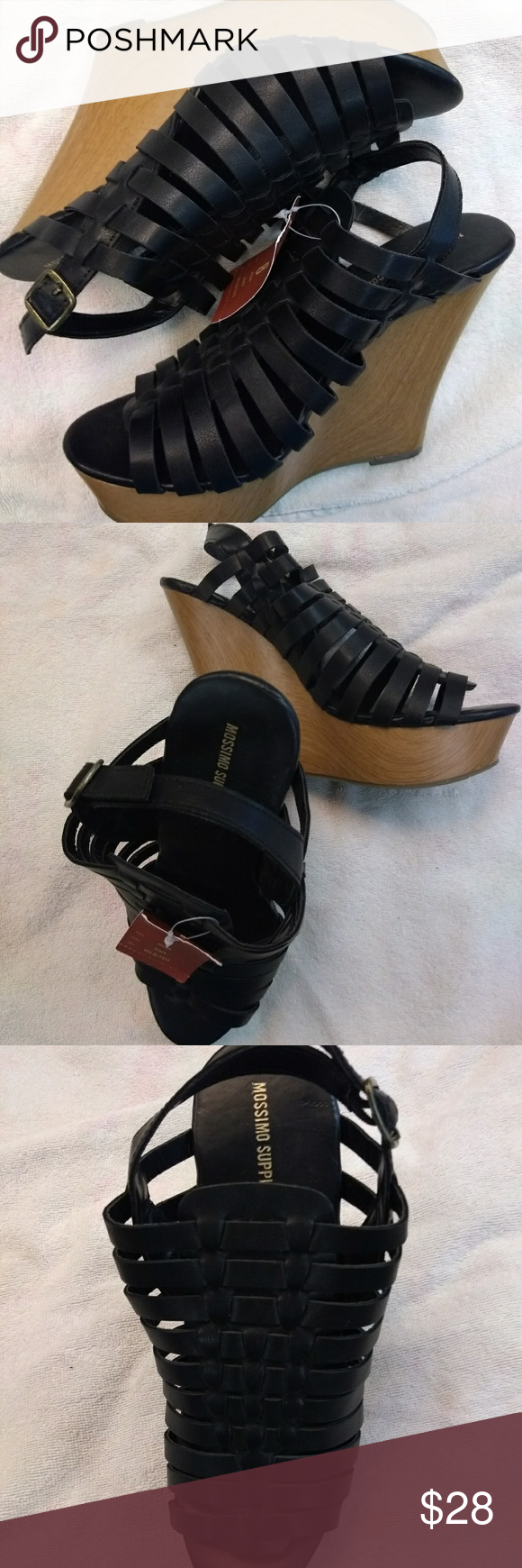 ec041e04e89ec Mossimo Wedge Sandals Open toed buckle sandals.8 1 2 in. inside.