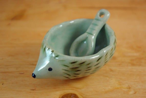 Hedgehog condiments dish with spoon ceramic small gift animal plate salt sugar mustard dish pottery tableware kitchen storage mothers day