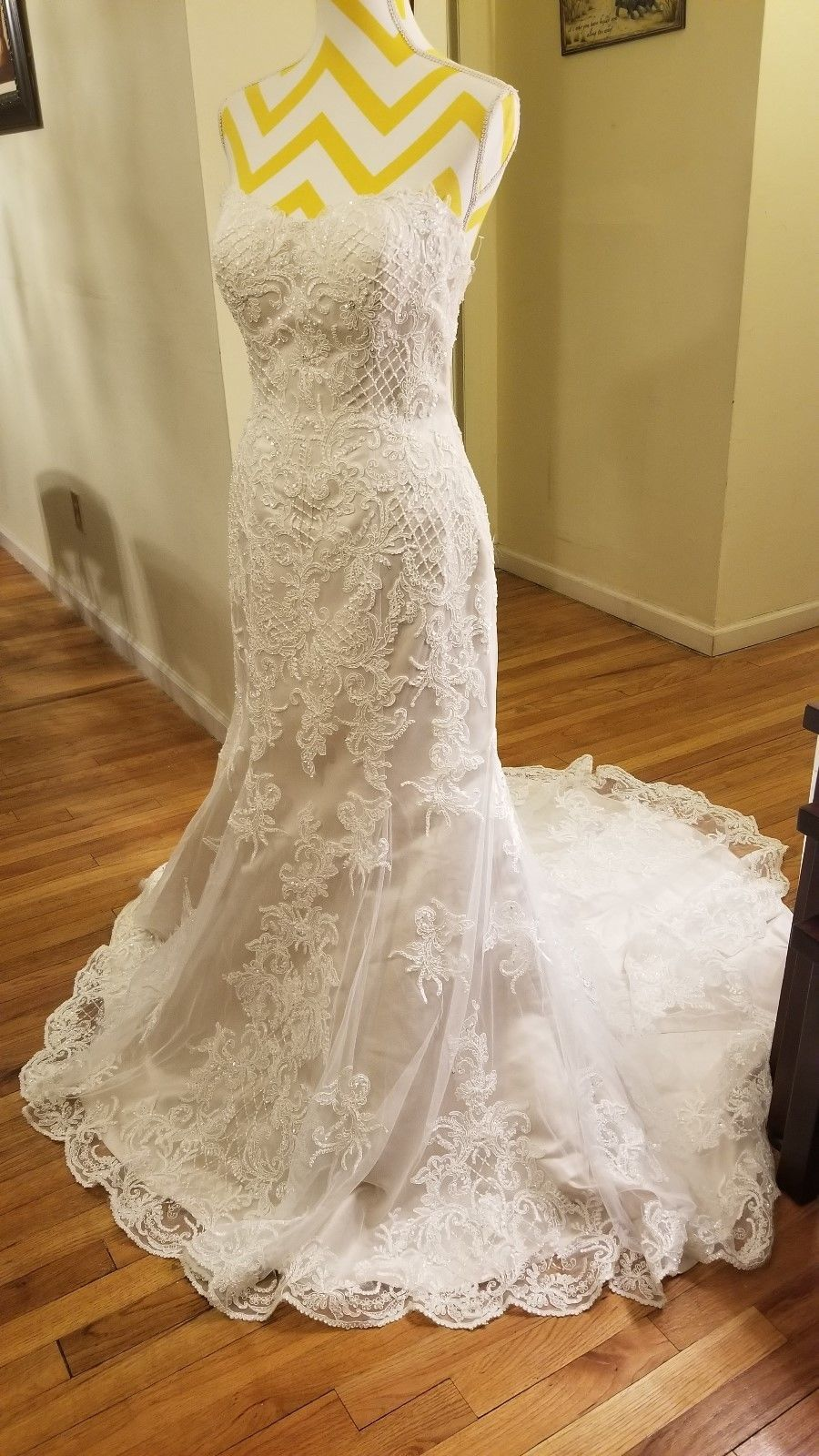 Wow wedding dress size 10 ivory lace over champagne Maggi sottero ...
