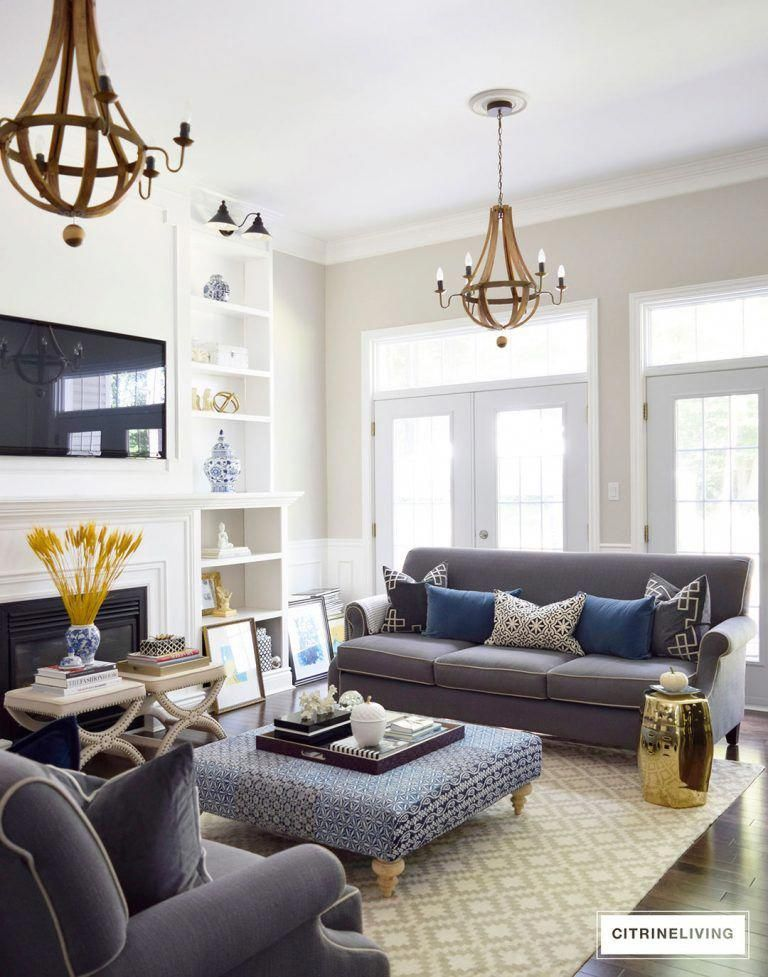 How To Get A Luxury Living Room Pt 1 Golden Lighting: Living Room Decorated With Rich Hues Of Blue, Gold And Yellow, Paired With Blue And White For