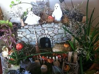 Fiddlehead Troll house and Trick or Treat ghosts