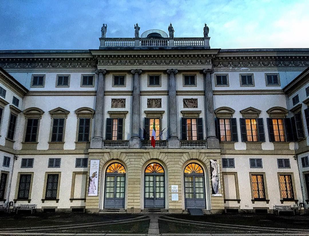 Padiglione d'Arte Contemporanea (PAC) is a contemporary art space in Milan Italy. It is located in via Palestro near Giardini Pubblici Indro Montanelli next to the Modern Art Gallery (Milan). #milano #italy #milanodavedere #mymilano #igersmilano #visitmilano #igerslombardia #igersitalia #italiait #inlombardia #browsingItaly #whatitalyis #ig_worldpics #igworldclub #ig_italia #capturethechange #iansantos #houseofsaints #archidaily #architecture #pattern #lines #geometry by iansntsss
