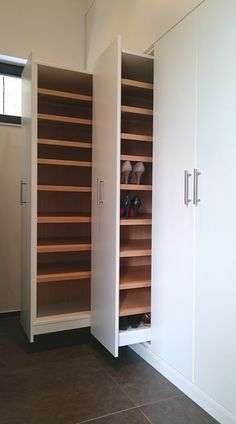 20 Pretty Closet Systems, According To Architects [Full Image] | Closet  Ideass | Pinterest | Closet, Decor And Furniture