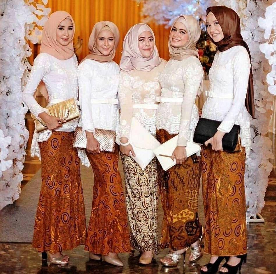 Model Hijab Buat Kebaya  Kebaya, Kebaya muslim, Renda kebaya