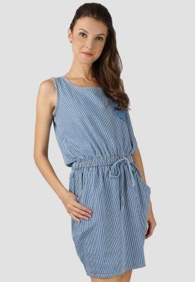 a homey, sweet denim dress