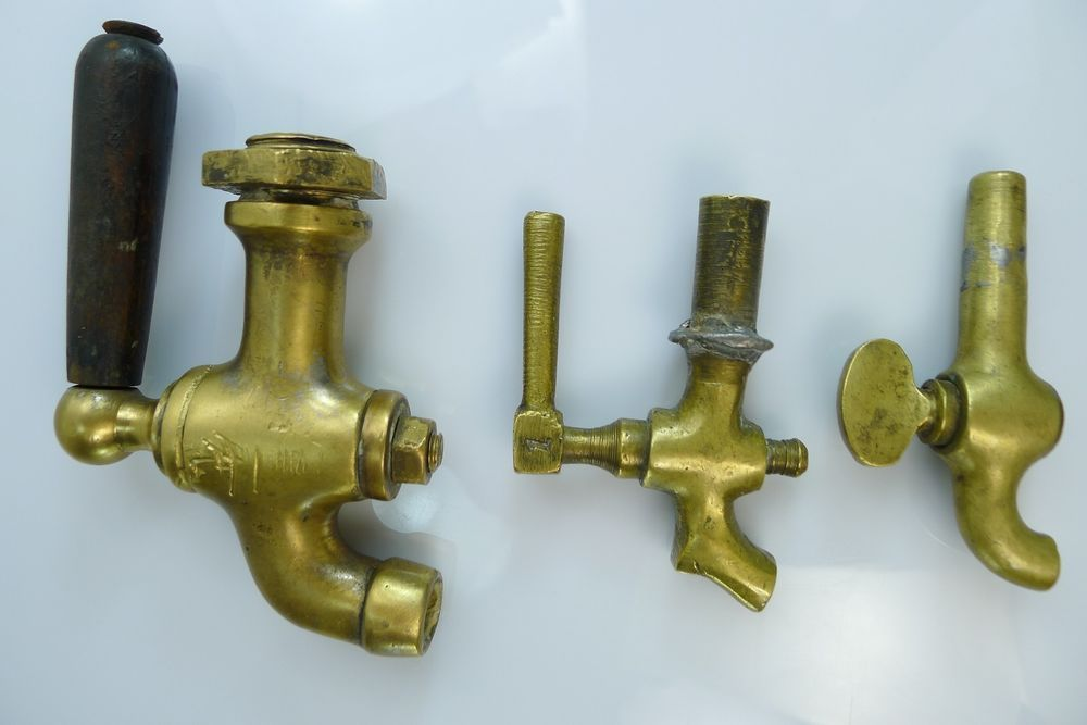 A LOT OF THREE ANTIQUE/VINTAGE BRASS TAPS | Taps & Sinks | Pinterest ...