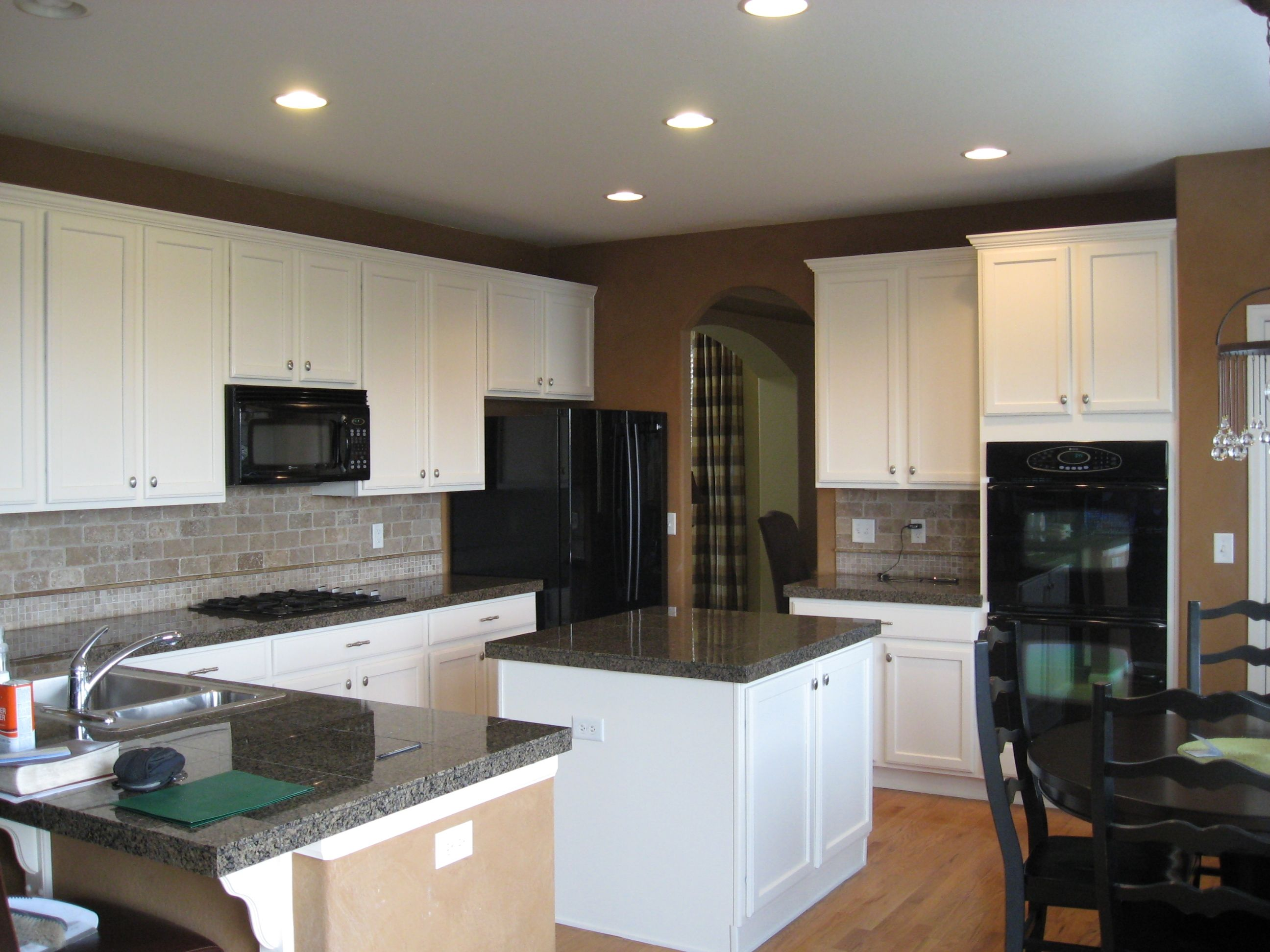 Best Paint Colors For Kitchen With White Cabinets Black Countertop Grey Backsplash Best Paint Colors Dark Cabinets