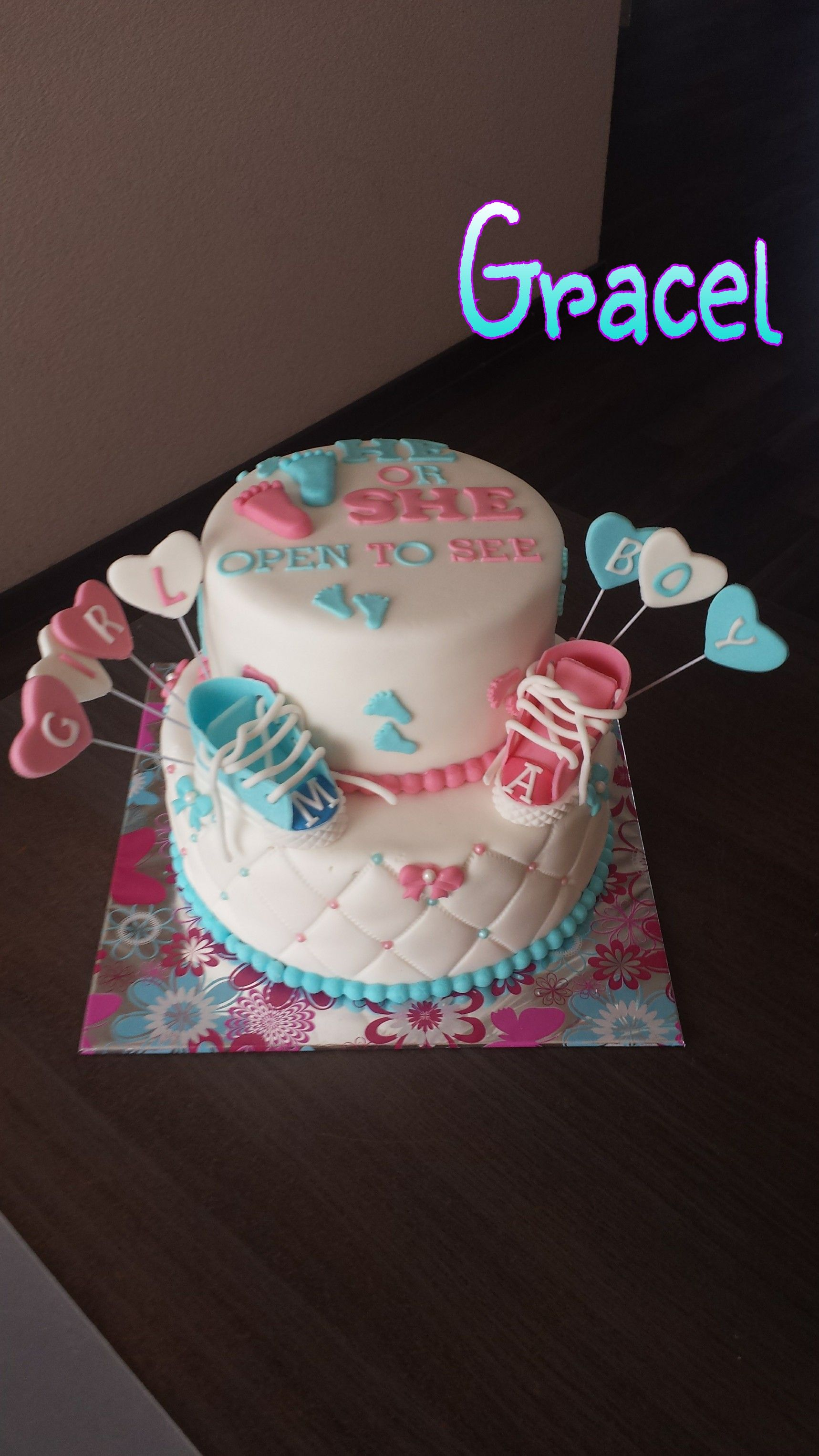 baby gender reveal cake mijn taarten Pinterest