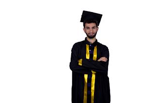 صور عبايات تخرج 2019 اجمل ارواب حفل التخرج Graduation Gown Vintage Logo Design Happy Graduation