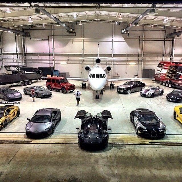 Mi garaje juguetes coches de ensue o coches de lujo y - Garaje de coches ...