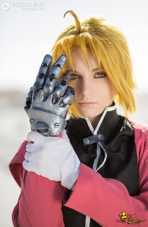 Cosplay edward elric auto mail leg sexual harassment