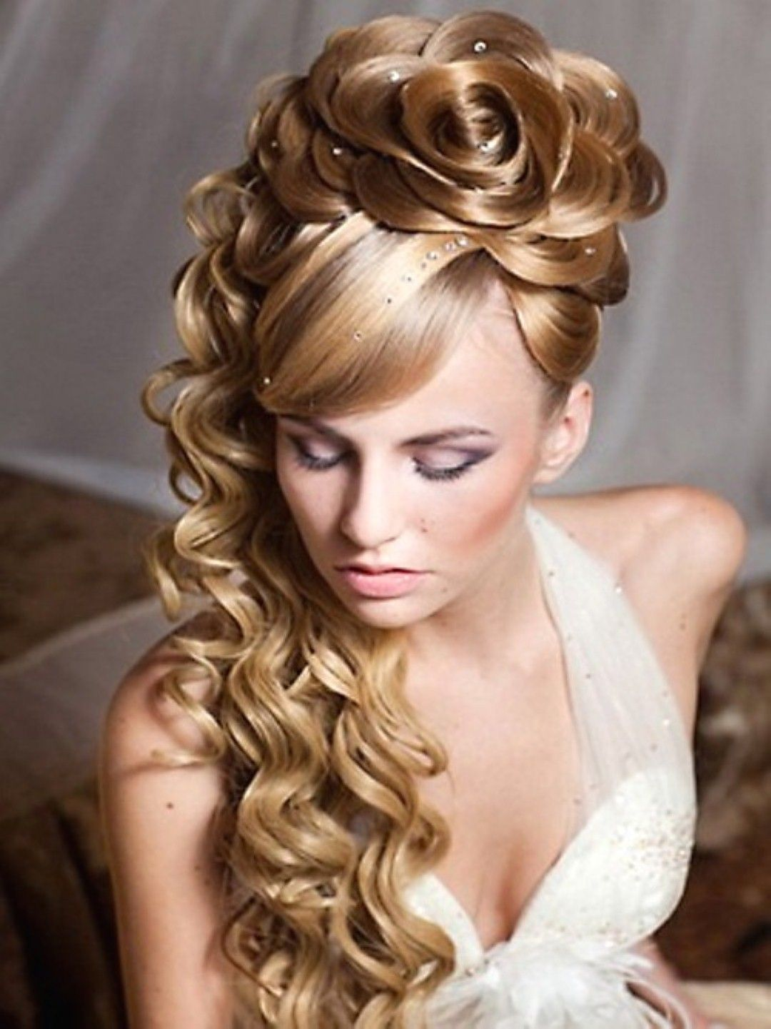 Pleasant Romantic Hairstyle For Long Hair And For Women On Pinterest Short Hairstyles Gunalazisus