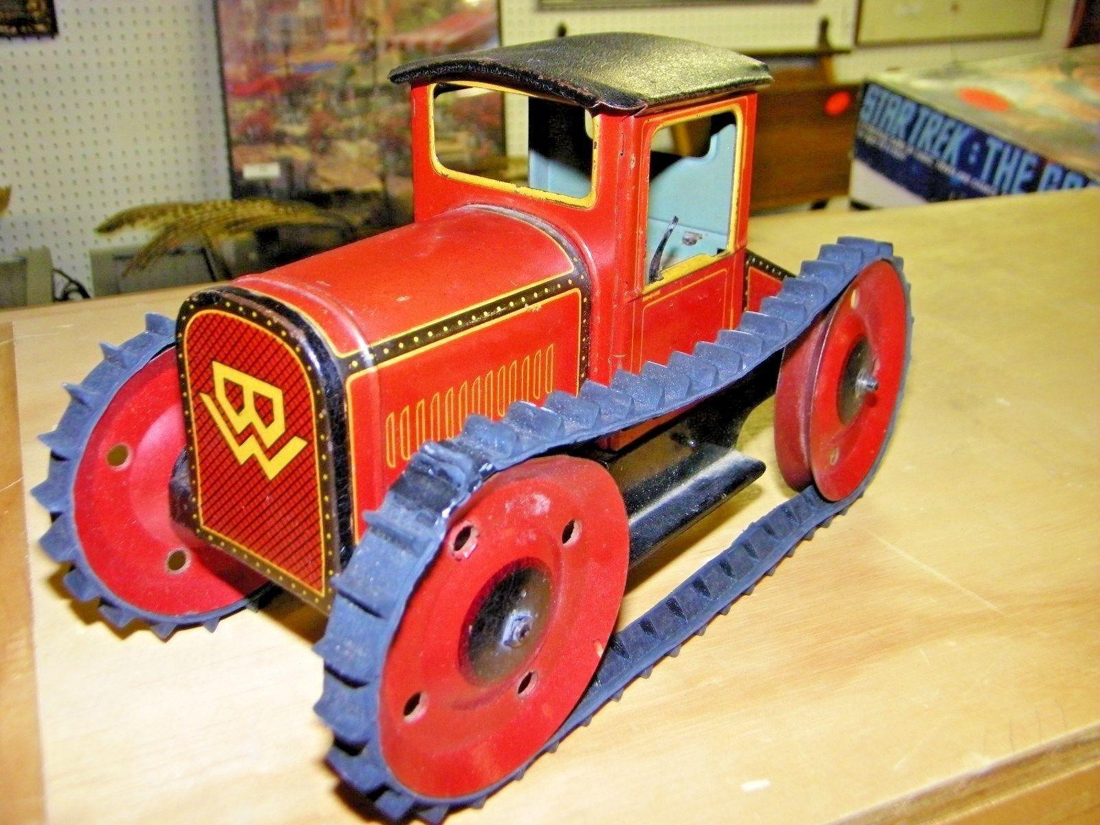Images of vintage toys  toys vintagetoys VINTAGE GERMAN MADE TIN WIND UP TOY CAR ANTIQUE