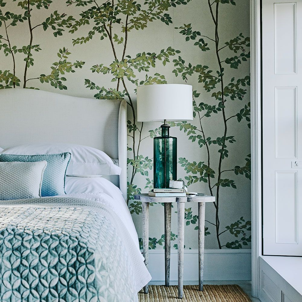 Whimsical Bedroom Decorating Ideas: Whimsical Bedroom With Botanical Wallpaper And Side Table