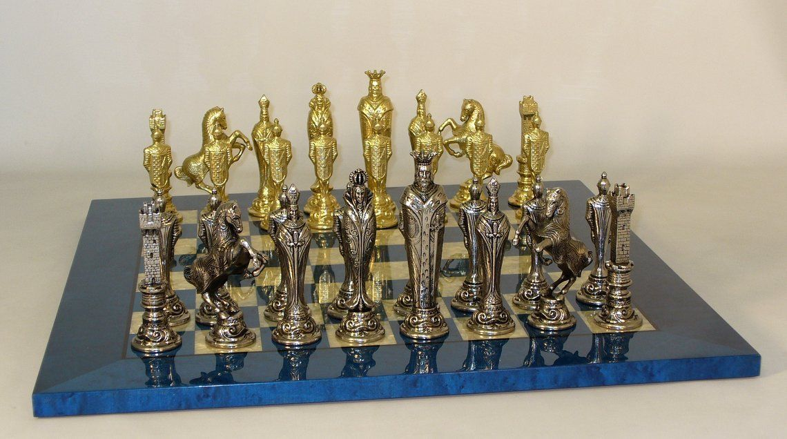 Ital Fama Renaissance Set Blue Mother of Pearl Board