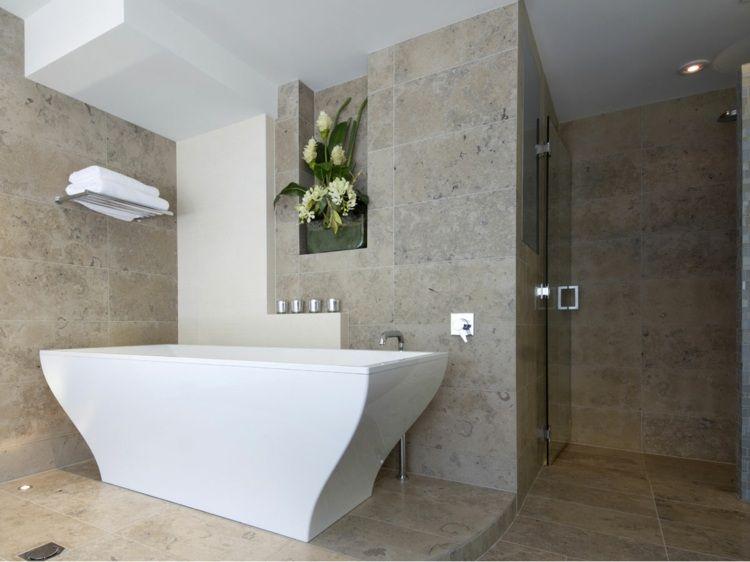 Kalkstein Fliesen Für Wand Und Boden Und Freistehende Badewanne