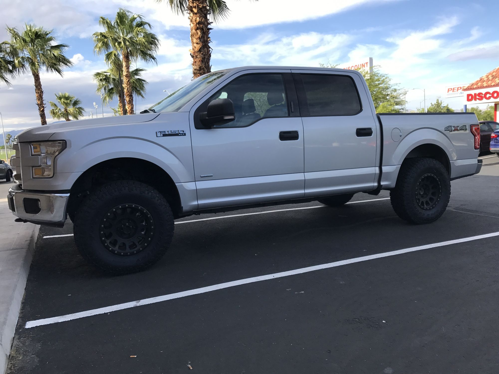 17x8 5 Method Nvs 0 Offset 4 5 Spacing 285 75 17 Toyo At2 Truck