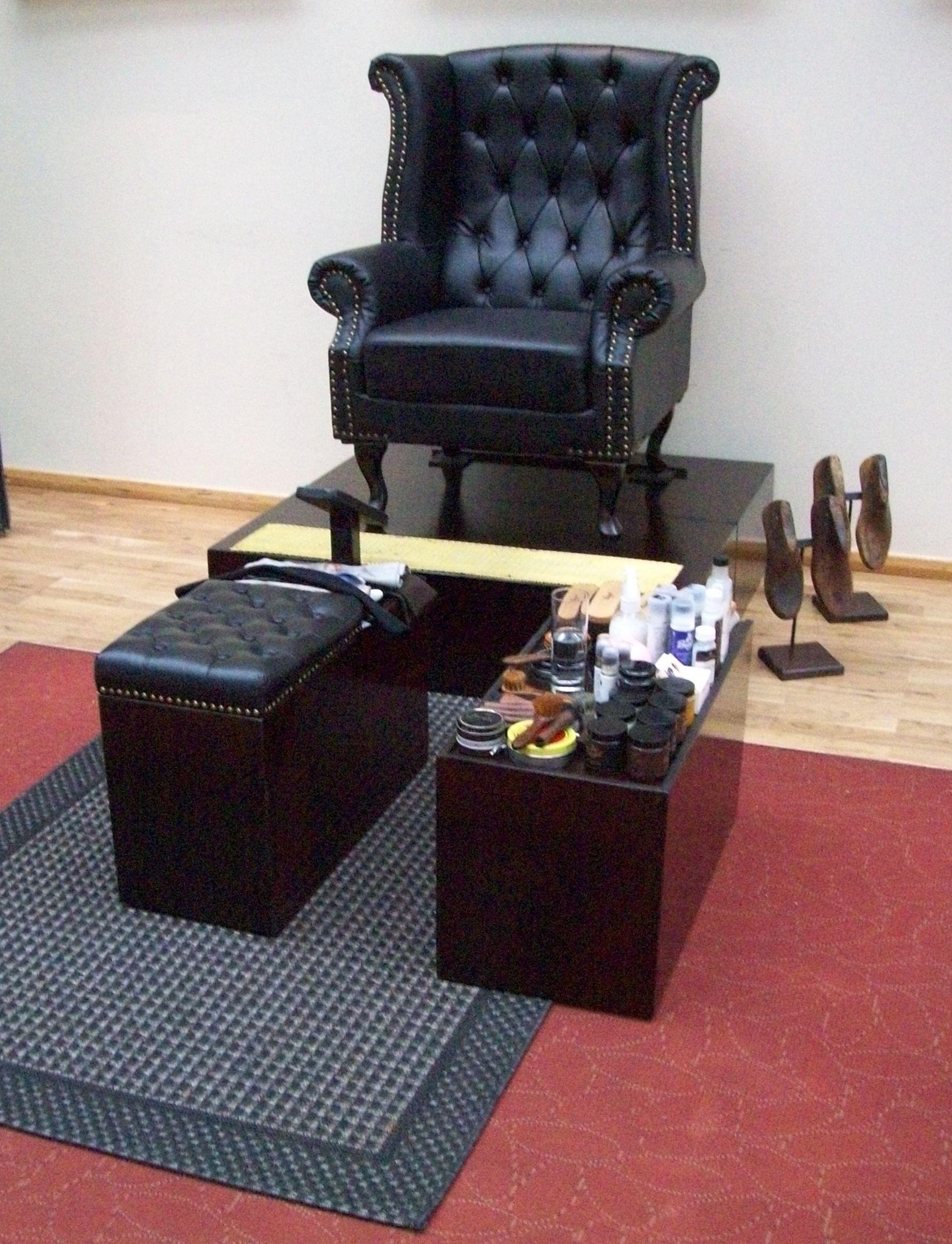 Shoe Care Barber Shop Chairs Shoe Shine Box Barber Equipment