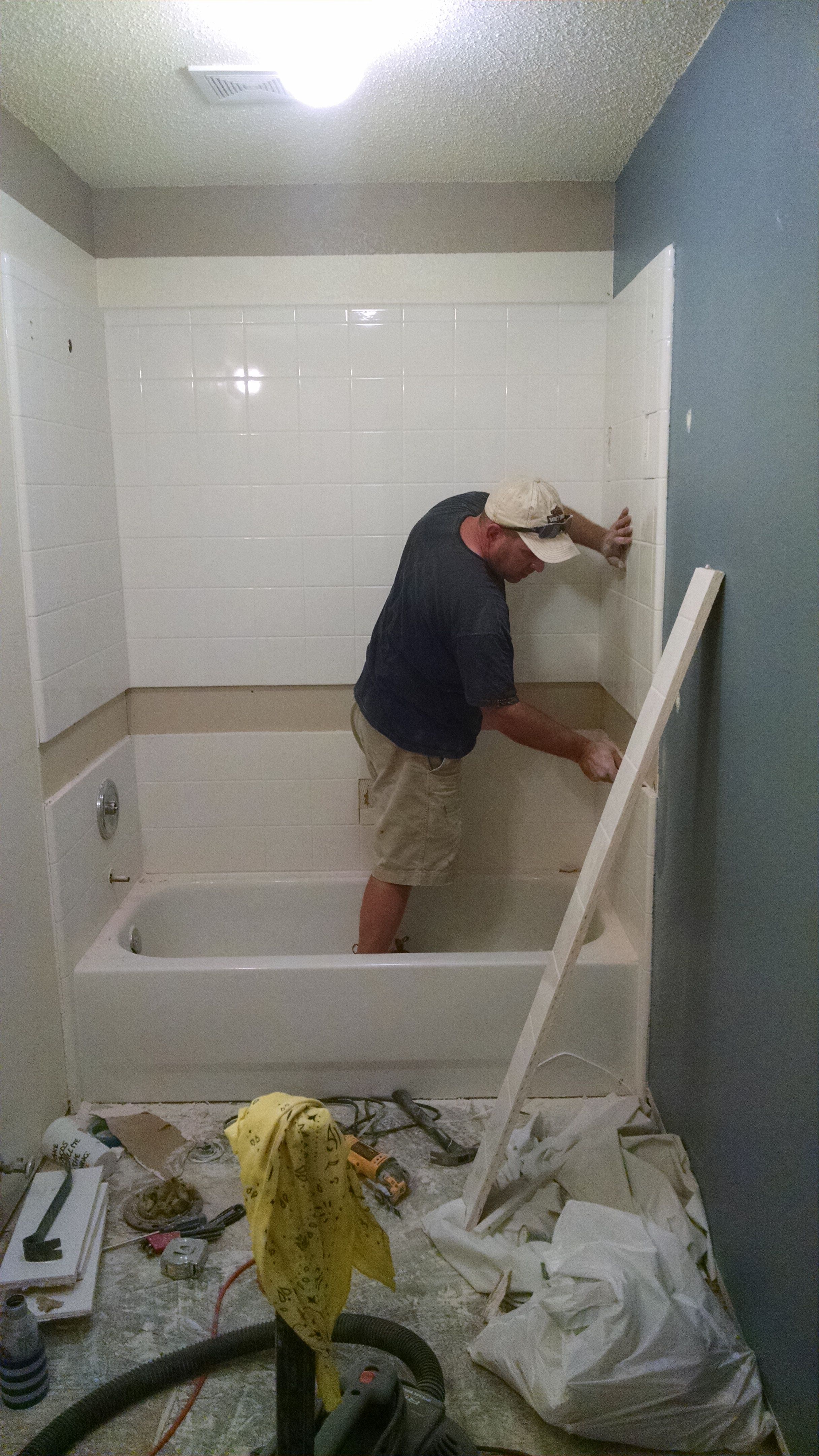 Removing A Row Of Existing Tile Where Accent Tile Will Go We Used
