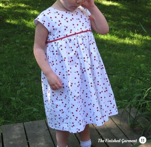 The Geranium dress from Made by Rae, as sewn by The Finished Garment ...