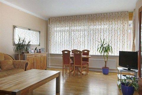 Brøndbyvestervej 10, 1. a., 2600 Glostrup - Tæt på det hele og lyst bolig med nyere køkken #ejerlejlighed #glostrup #selvsalg #boligsalg