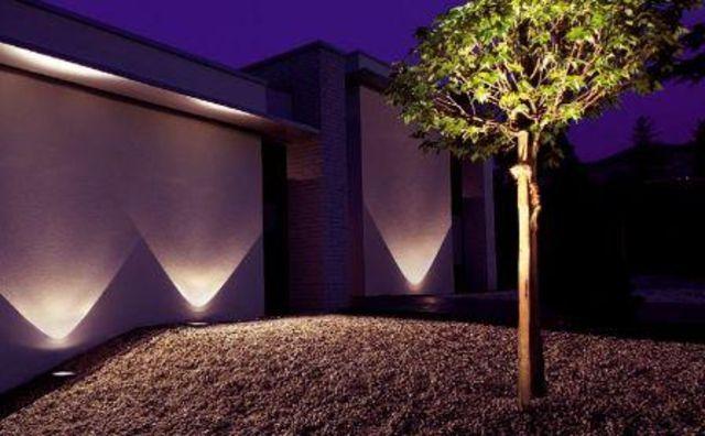 10 Spots Encastrables Bilis Lumiere Bleue Led Integree Castorama Escalier Exterieur Eclairage Exterieur Design Eclairage Interieur