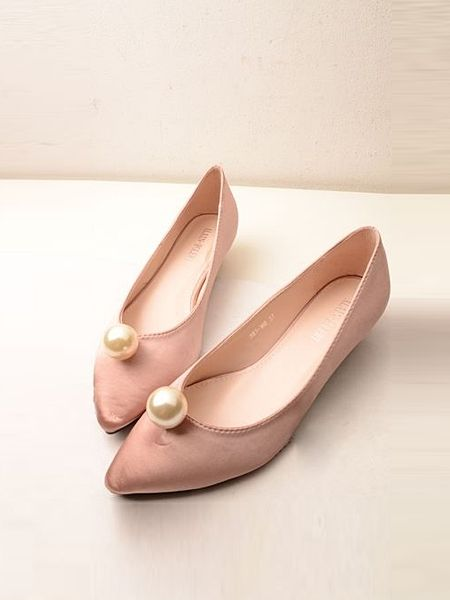 b596c37272d Pearl Elegant Retro Style Pointy Toe Women Flats Shoes | Fashion ...