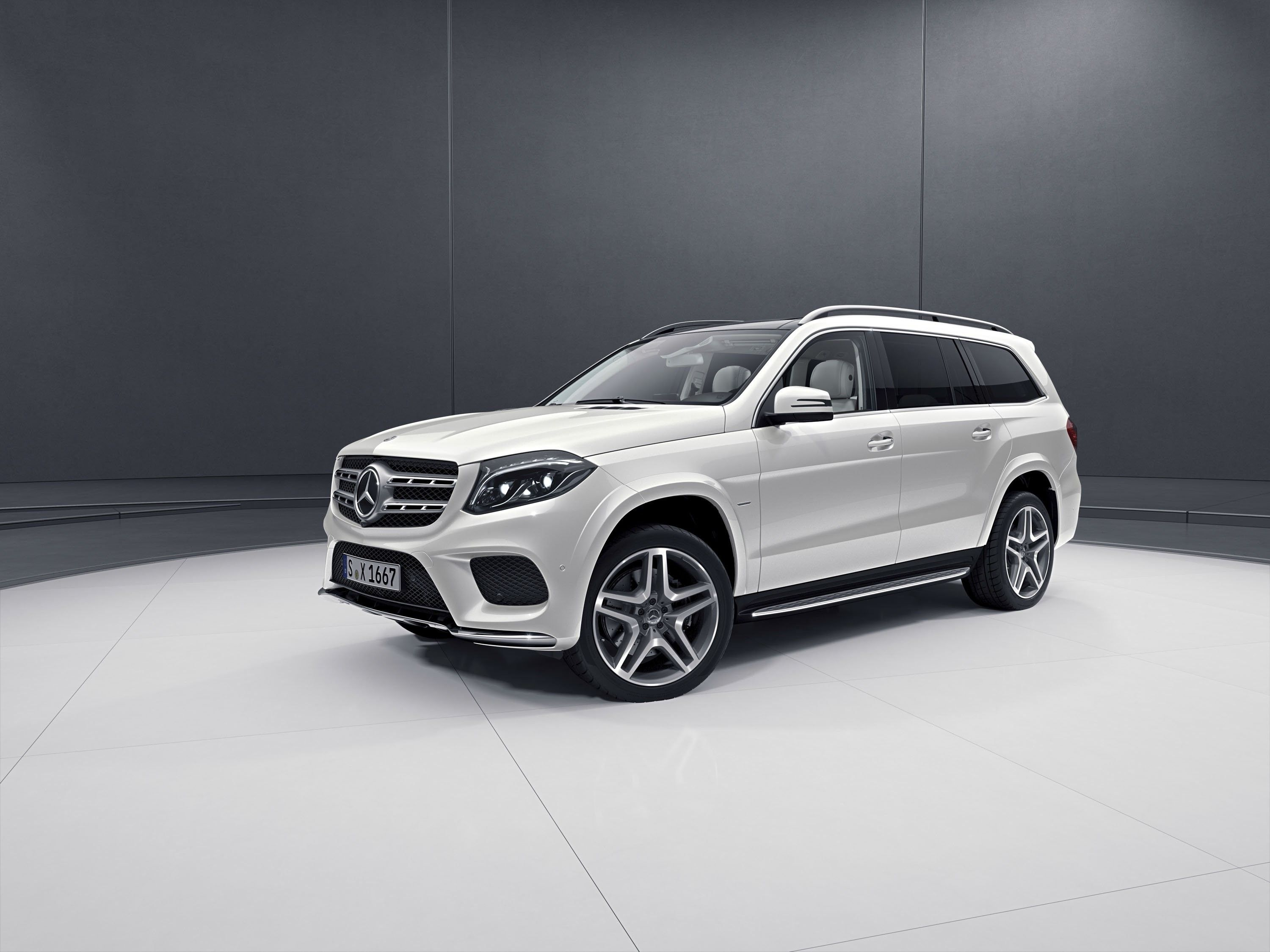 2018 Mercedes Benz Gls Class First Drive Price Performance And